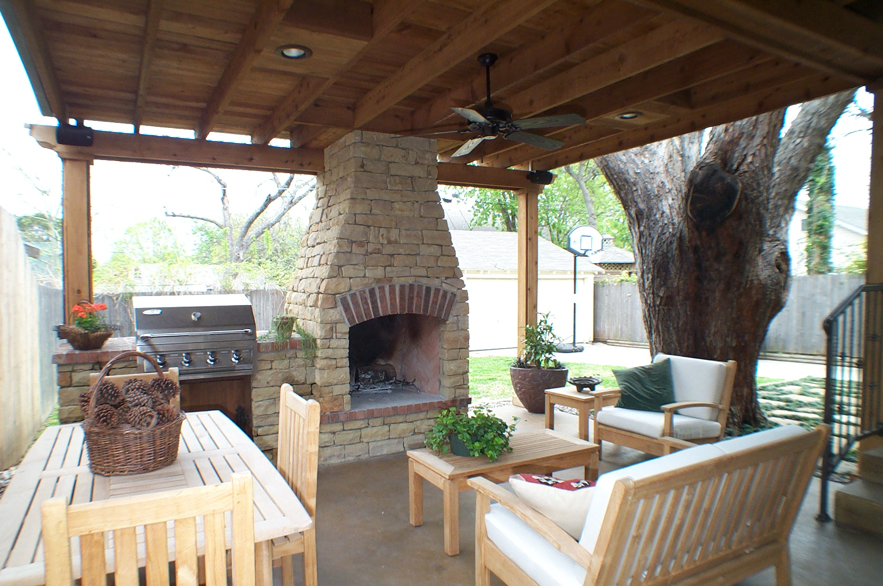 Delicieux Designing An Outdoor Kitchen Or Living Room In Fort Worth | Robinson  Builders | Blog
