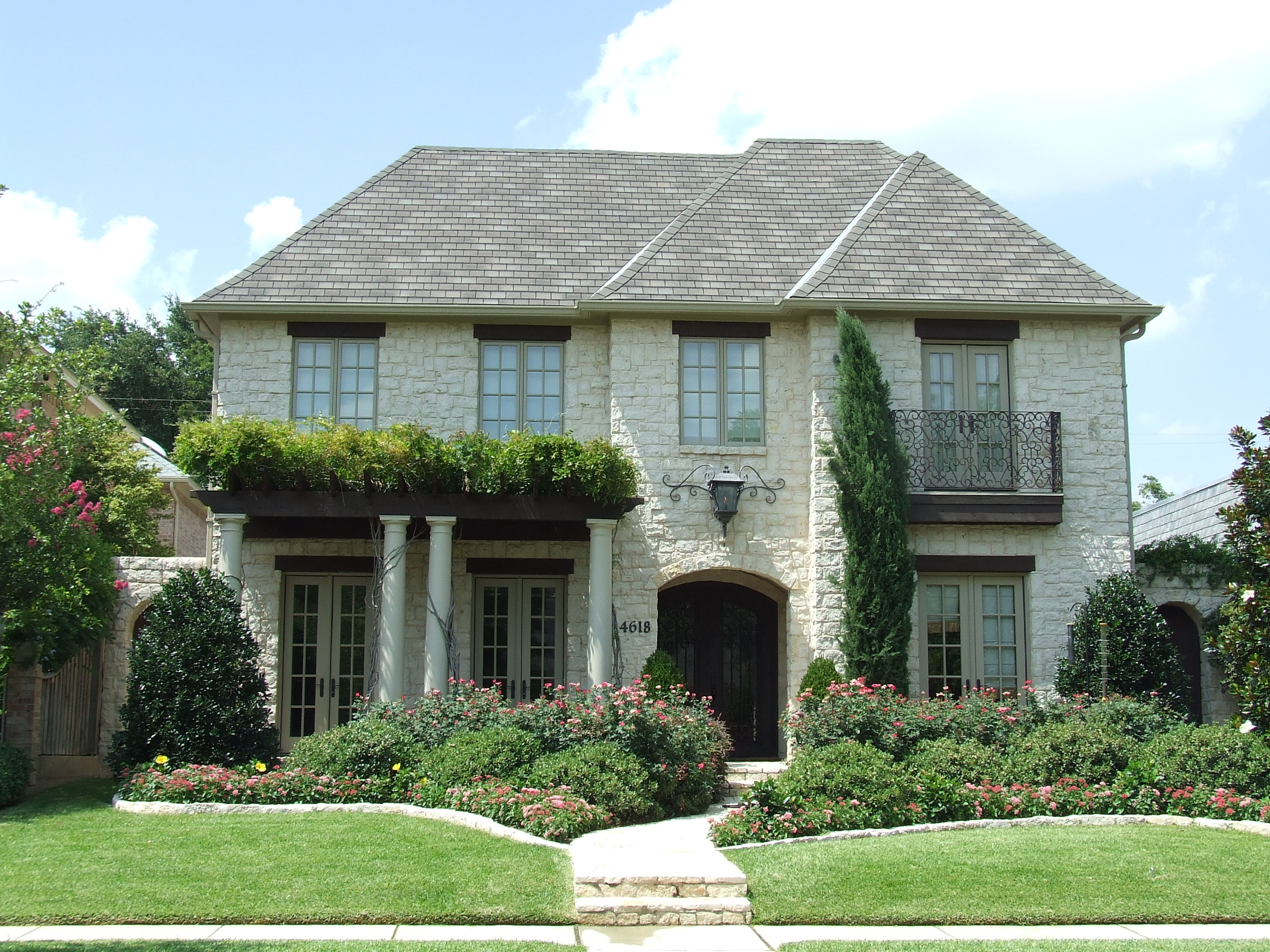 New Home onstruction in Fort Worth, obinson Builders - ^